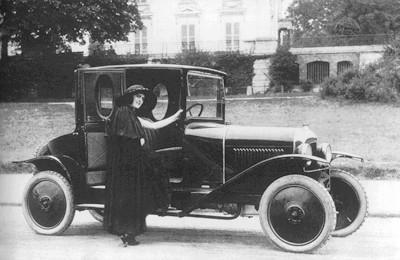 1919 10 HP Type A coupé Docteur