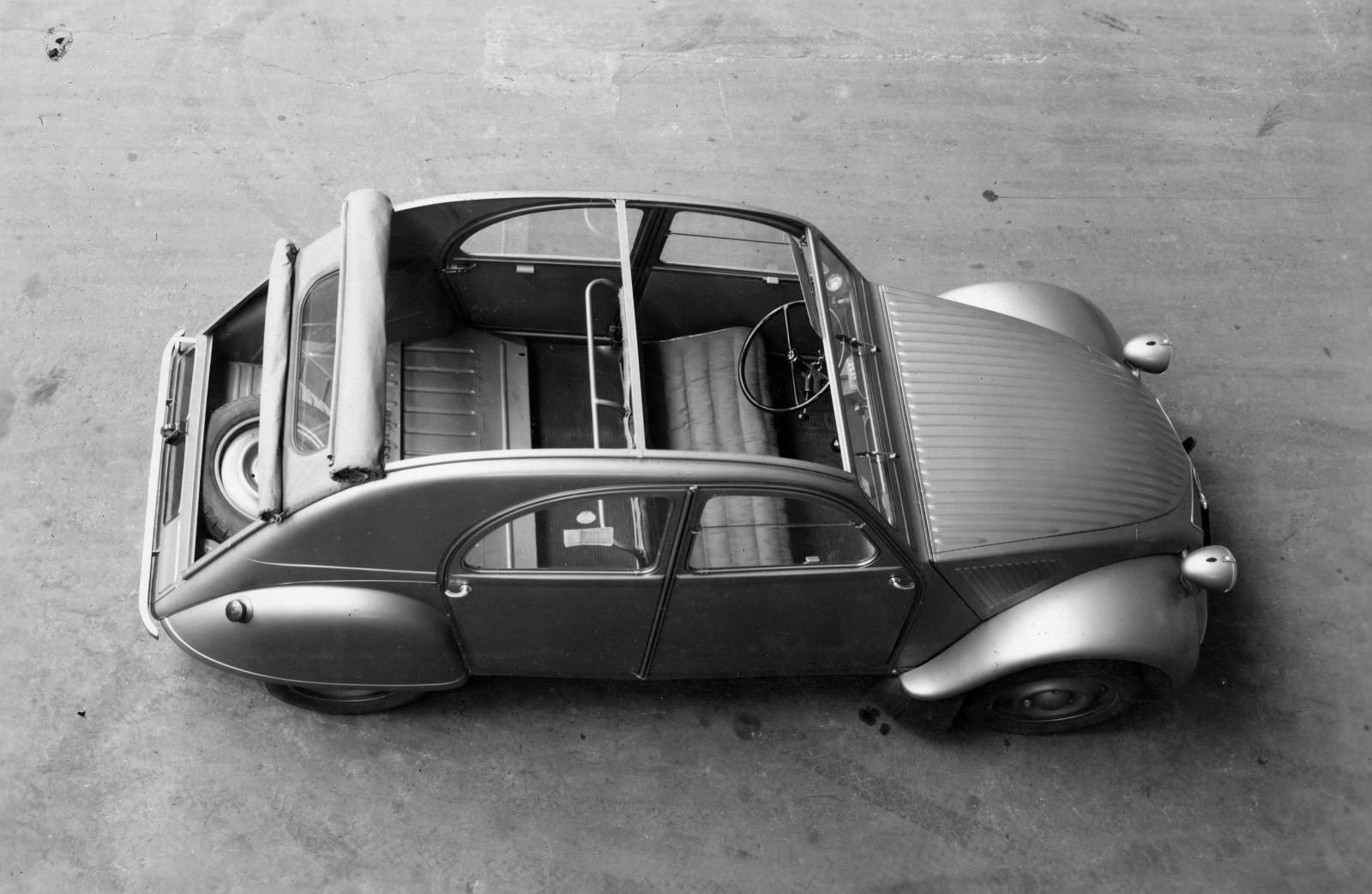 2CV 1948 vue du dessus