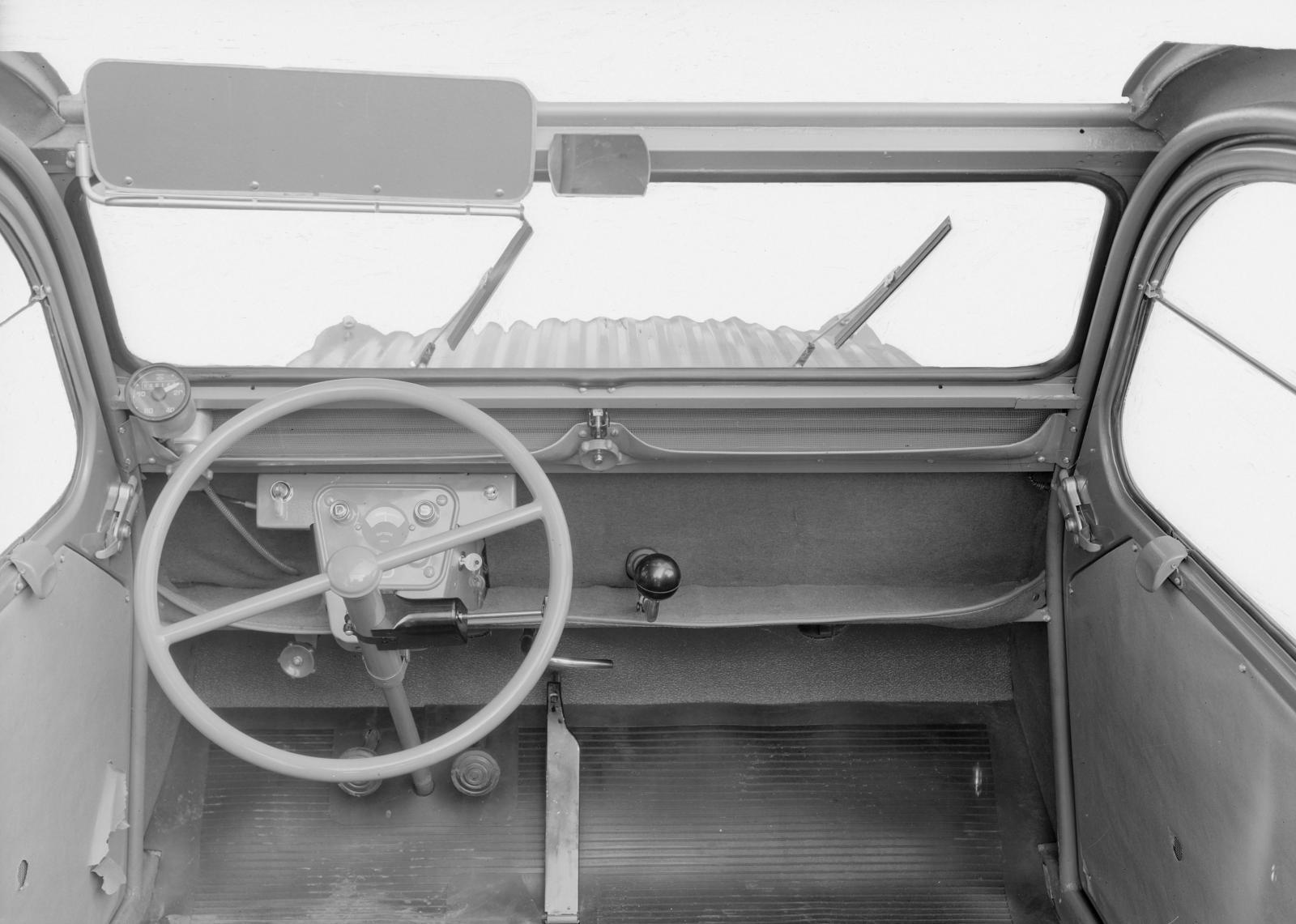 2CV 1955 planche de bord