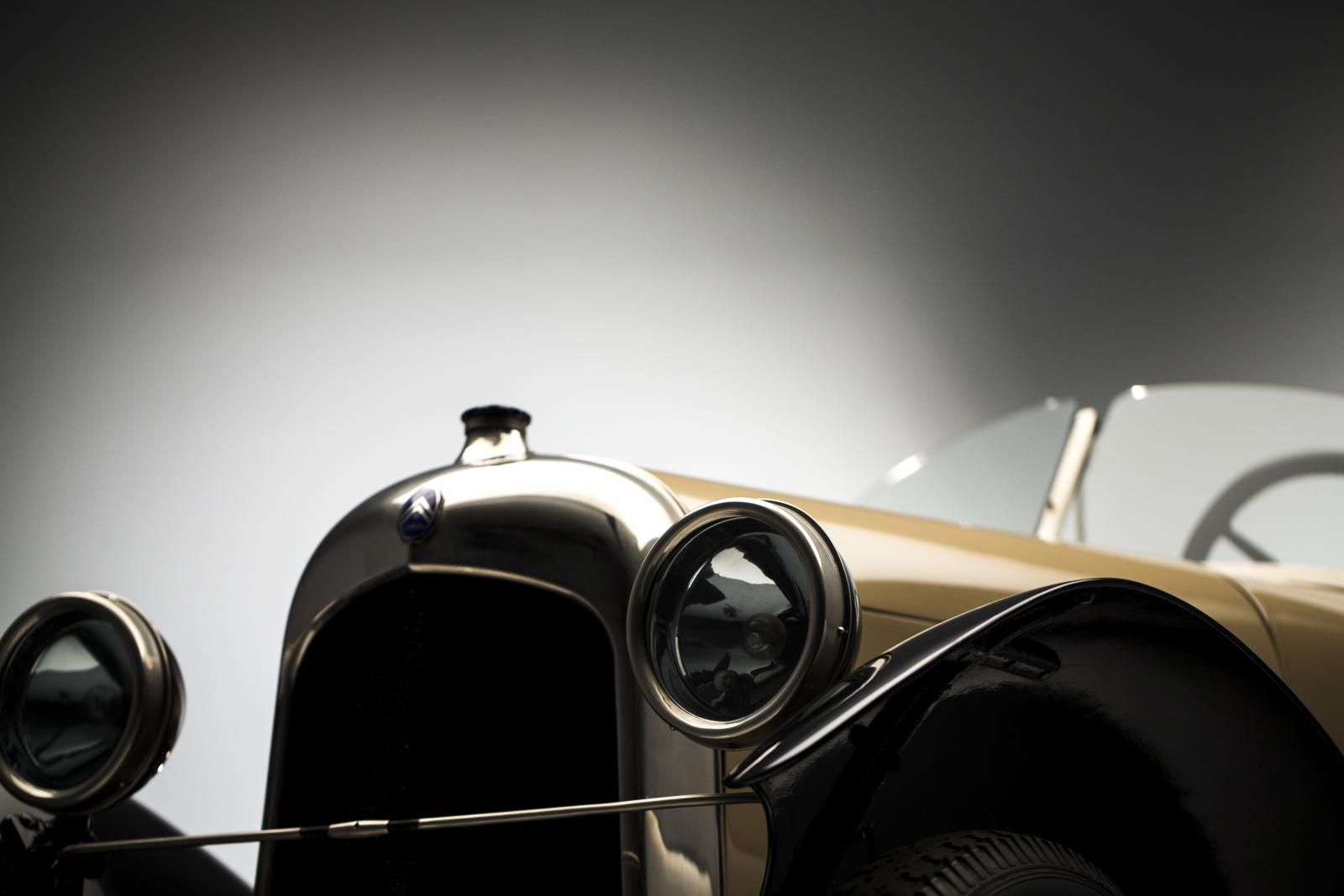 B2 Caddy - 3/4 dianteira