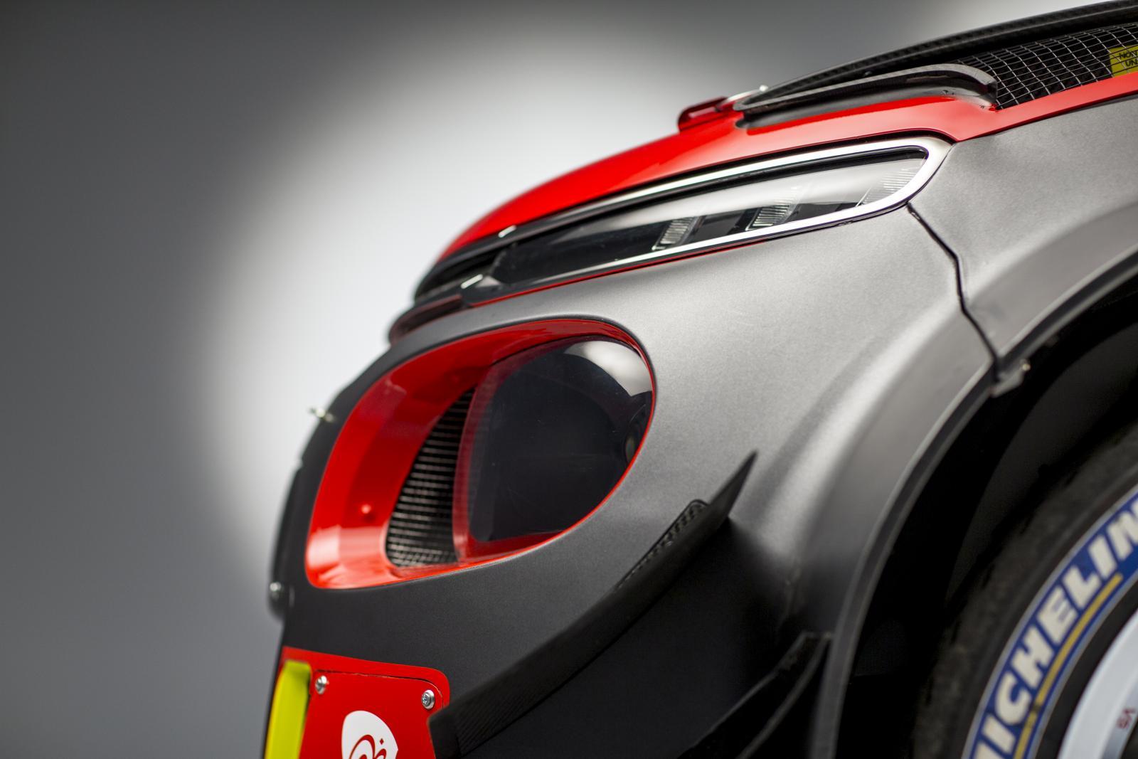 C3 WRC - perfil dianteira