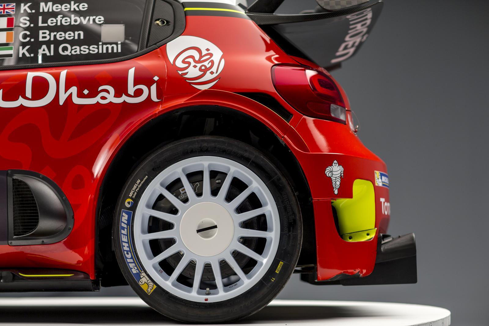 C3 WRC - perfil traseira
