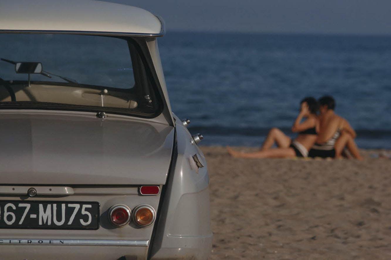 AMI 6 Berline 1963 face arrière