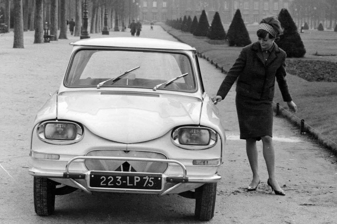 AMI 6 Berline 1963 face avant