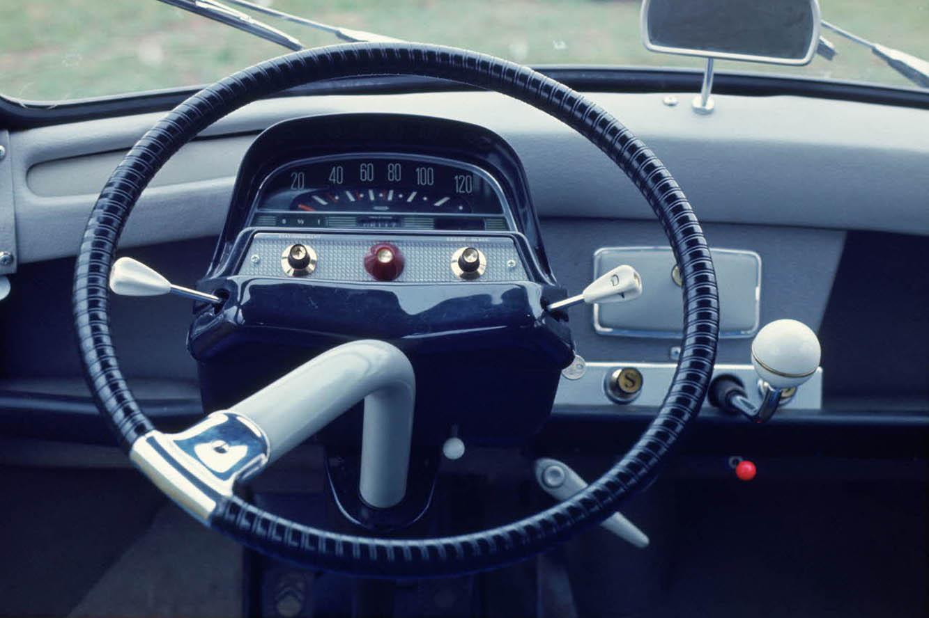 AMI 6 Break 1967 - volant