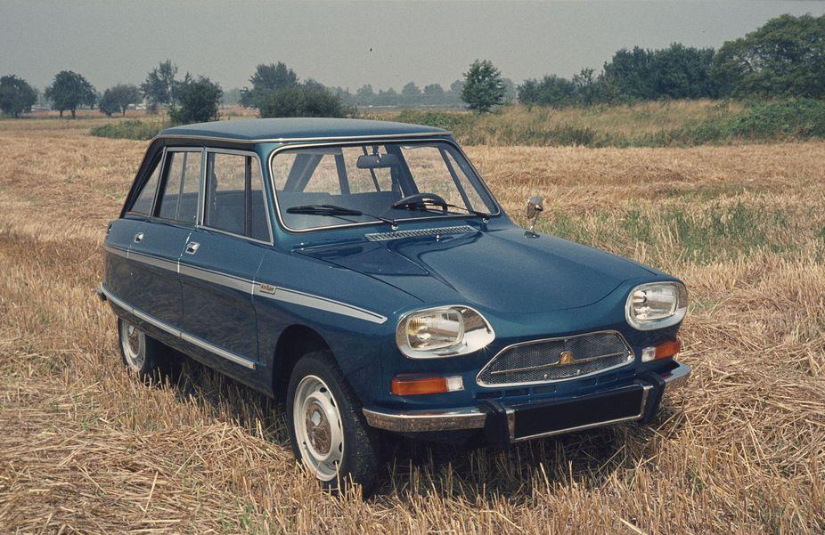 AMI Super Berline 1974 3/4 avant version plus puissante