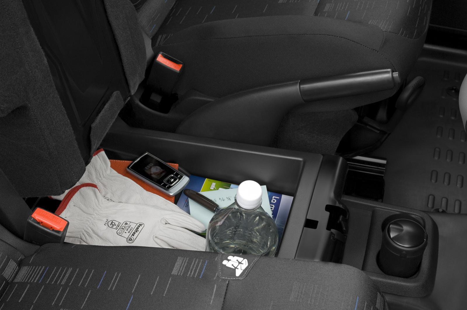 Berlingo 2008 rangement avant