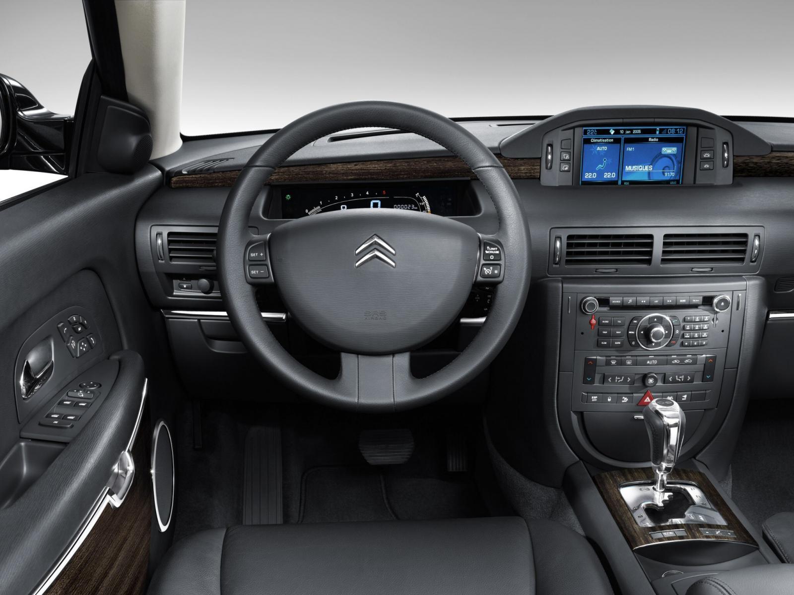 C6 2005 intérieur