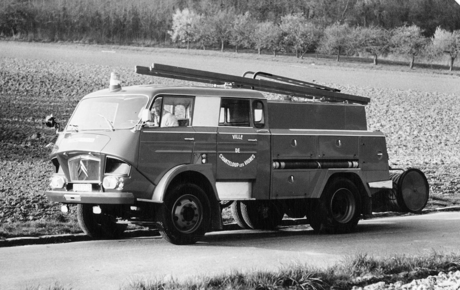 Carro de Bombeiros  Type 350 - 1967