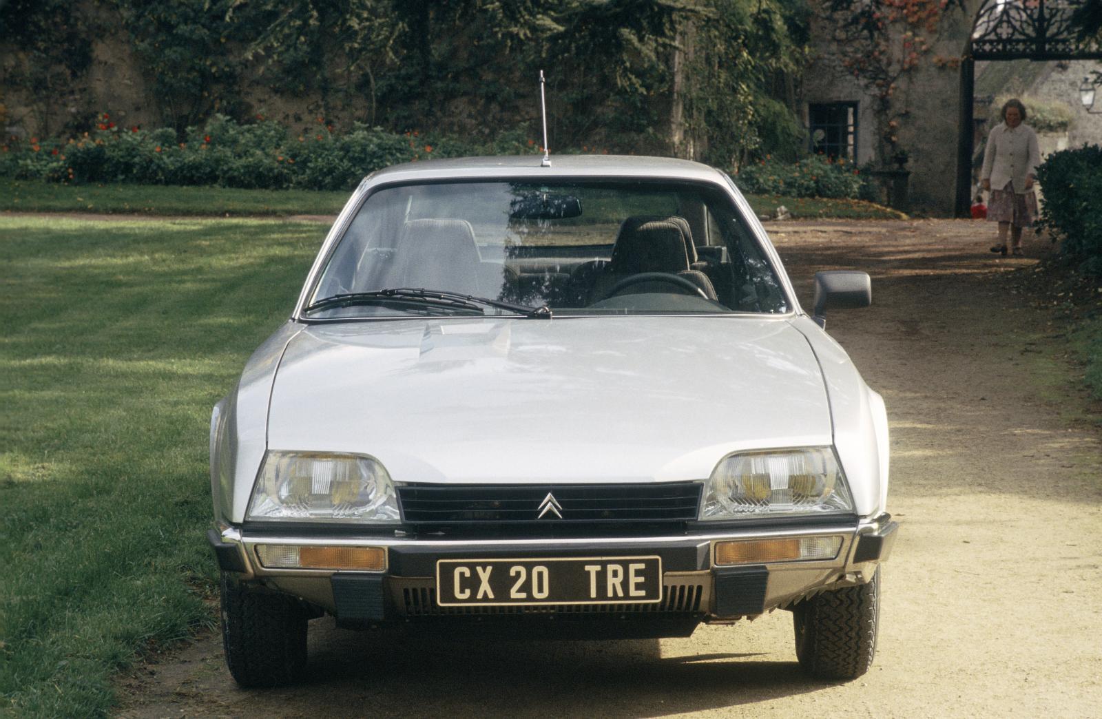 CX 20 TRE 1982