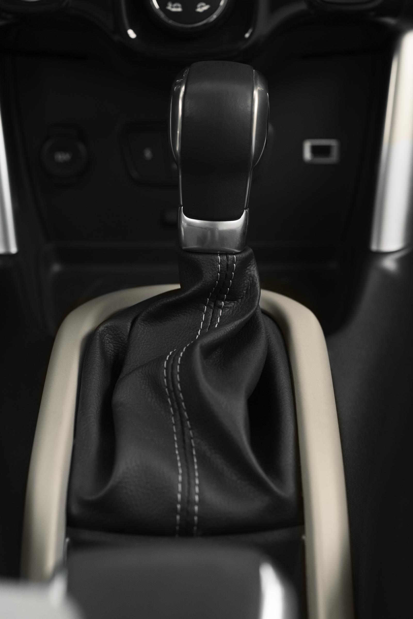 SUV Compact C3 Aircross - Alavanca de velocidades