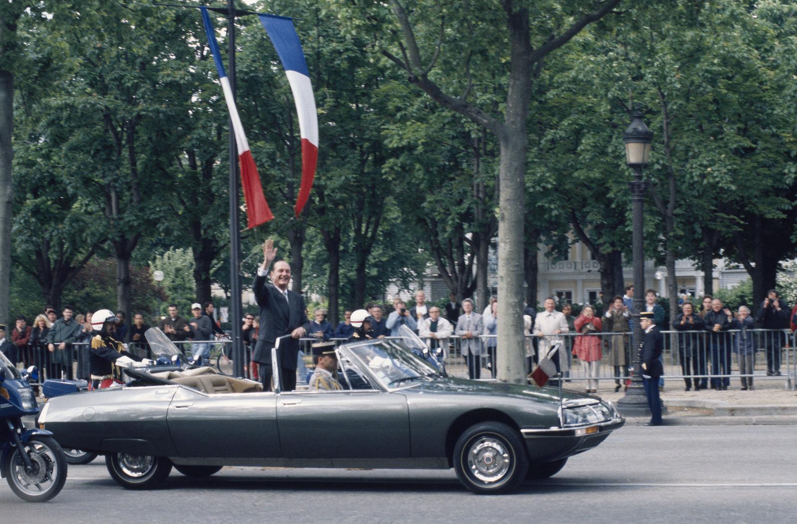 Jacques Chirac à bord de la SM Présidentielle - 1995