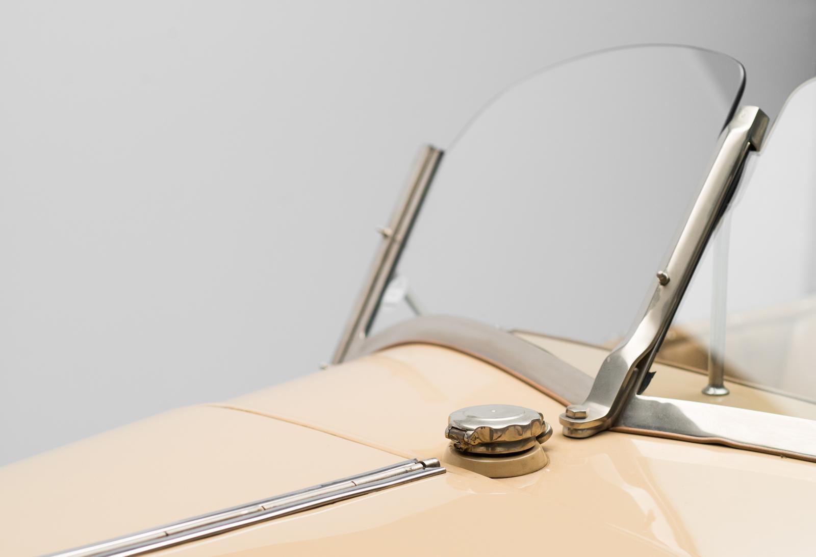B2 Caddy - pára-brisas