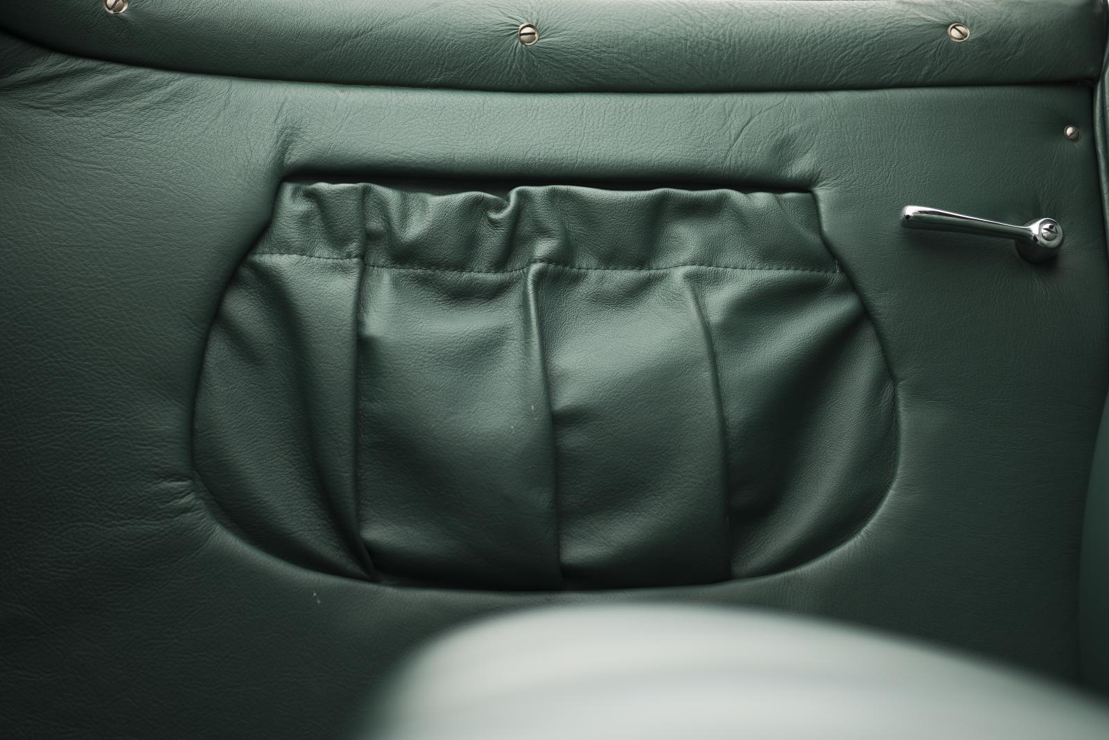 C4G Roadster - compartimento em couro