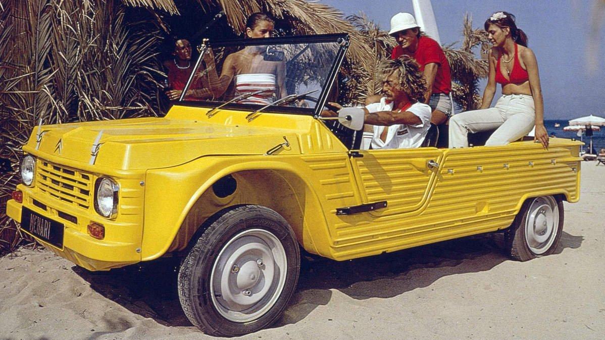 Mehari à la plage 1982