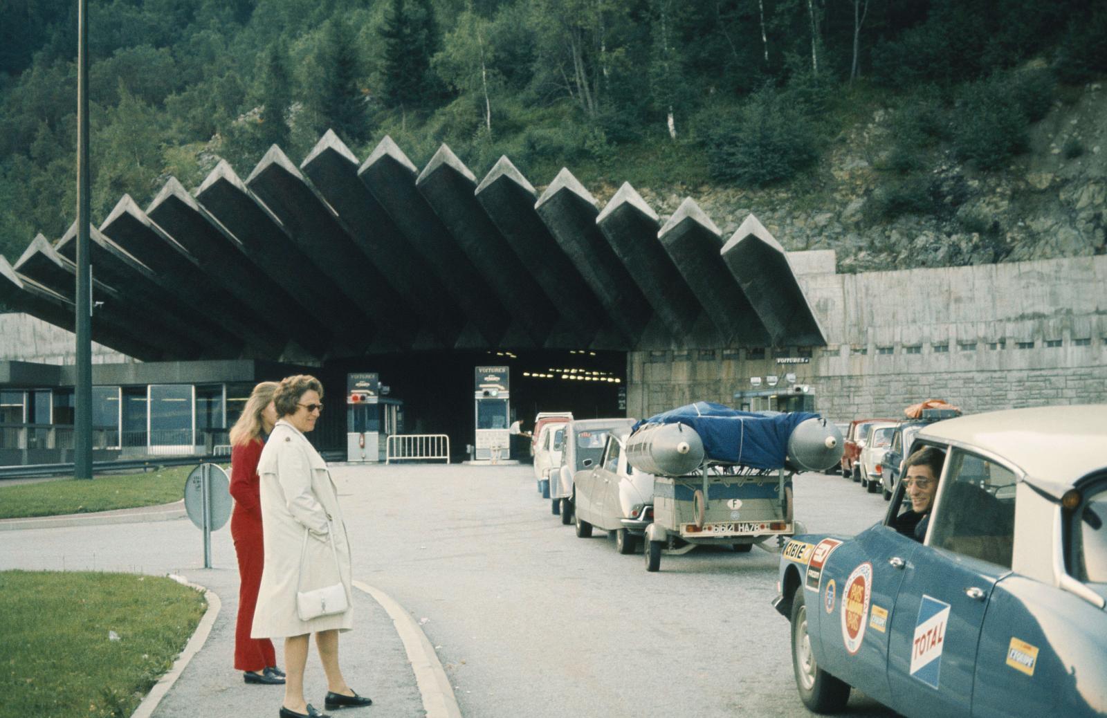 Rallye du Maroc - Tunnel - DS - 1970