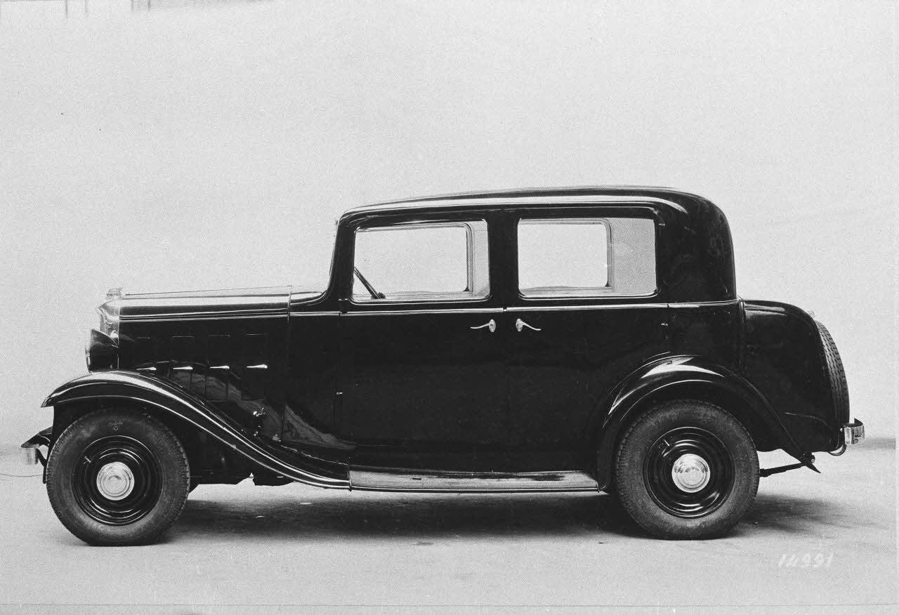 Rosalie 8 A 1933 profil