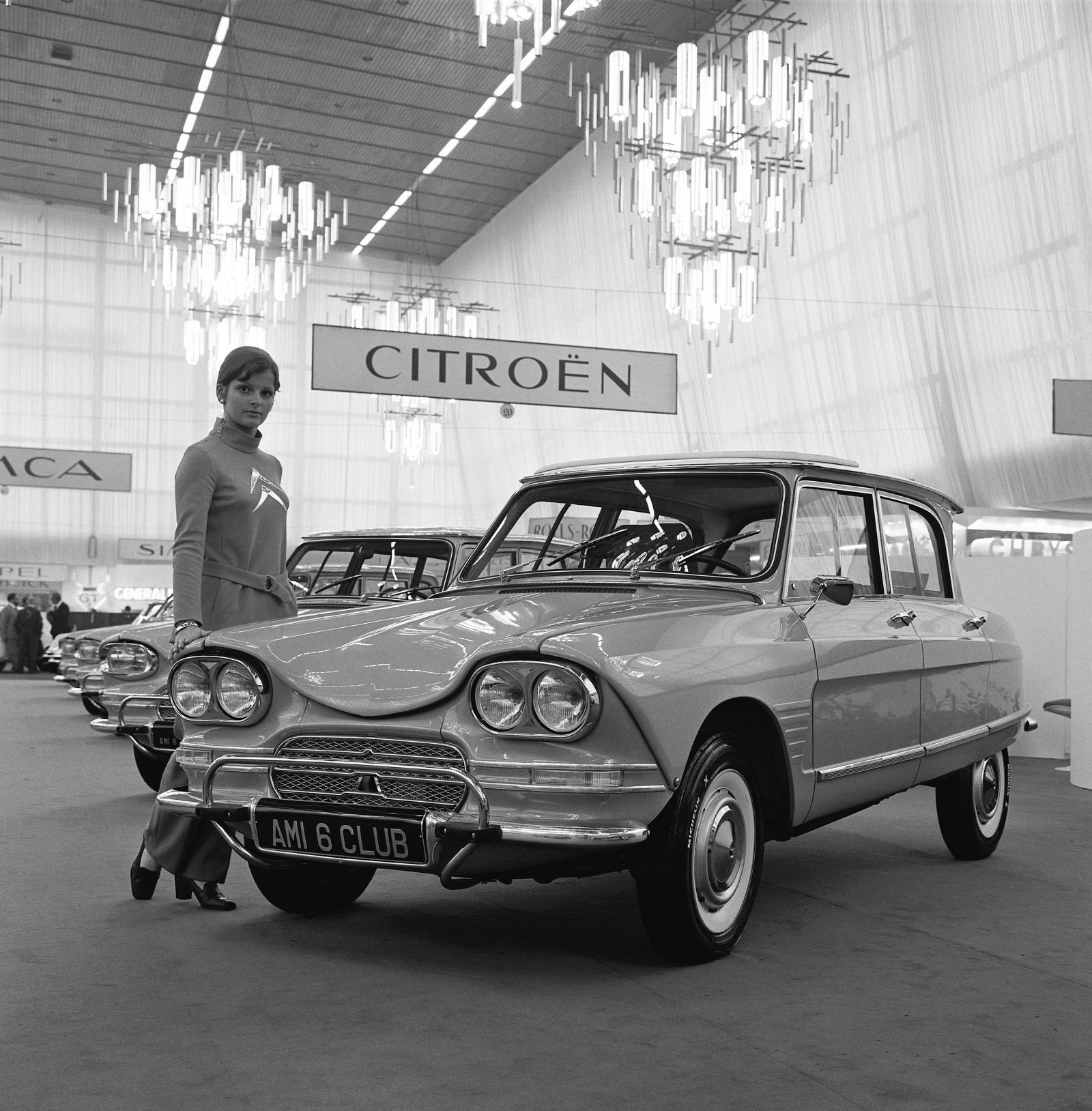 Salon de l'automobile 1966 AMI 6 Club