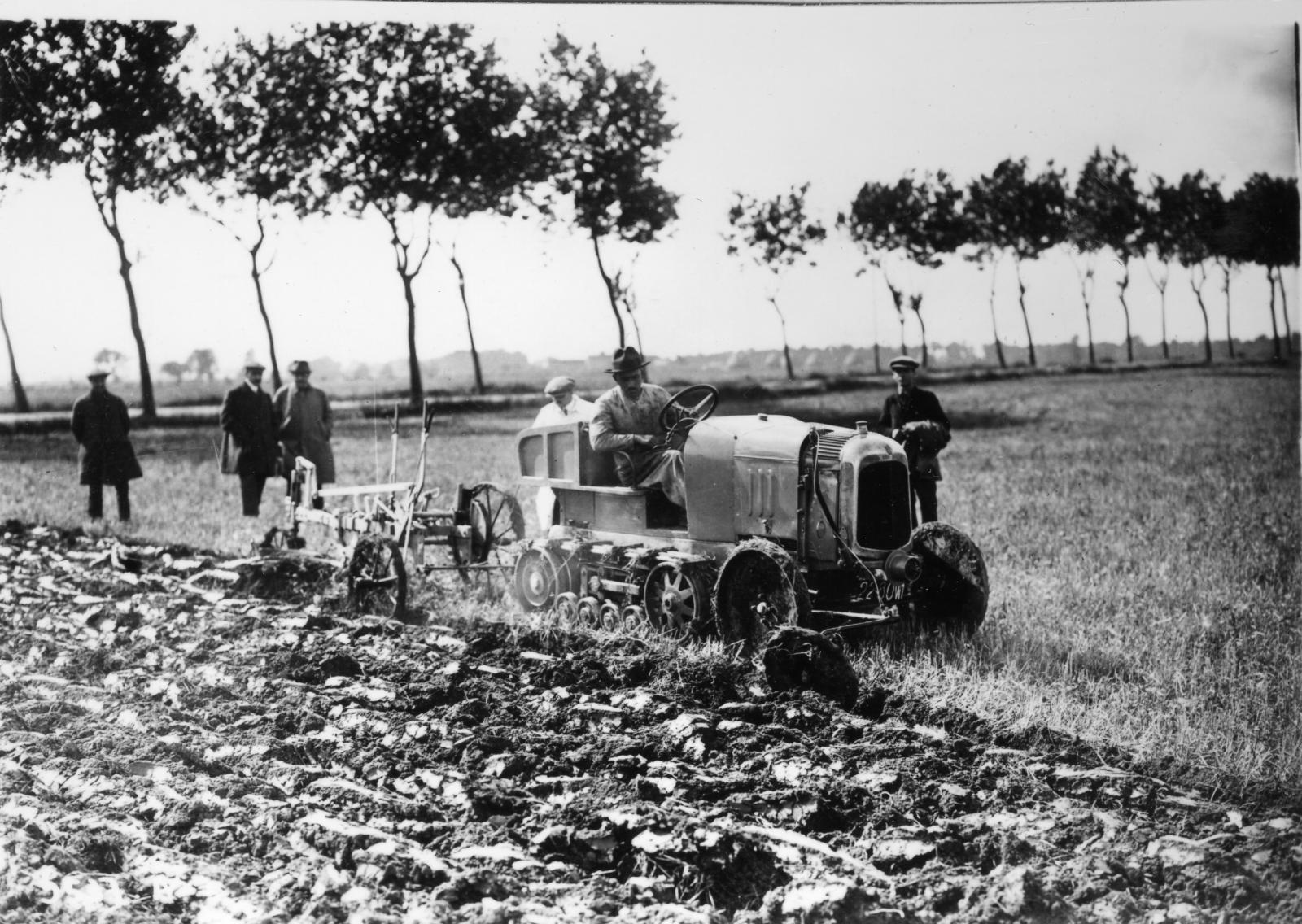 Typo K1 - Chenille tracteur B2